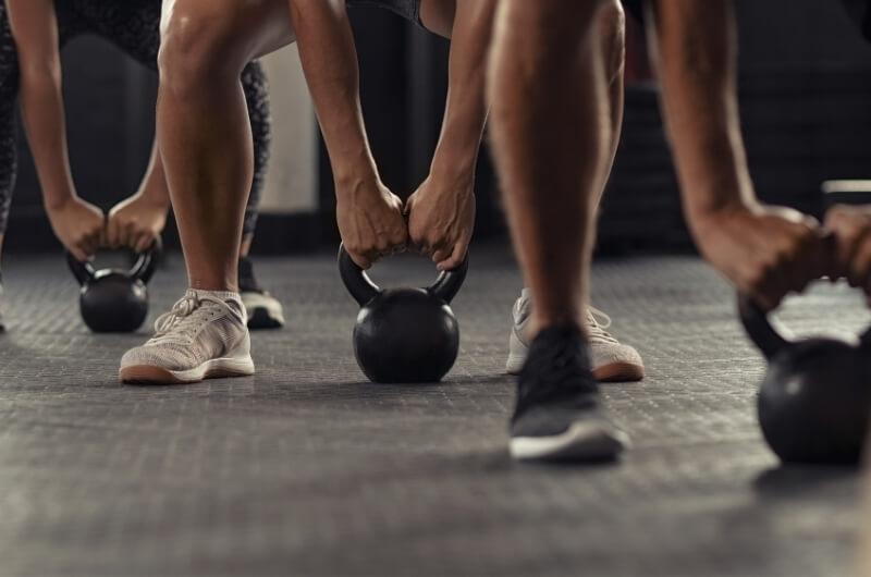 Folk som trenger med de beste CrossFit skoene i 2021